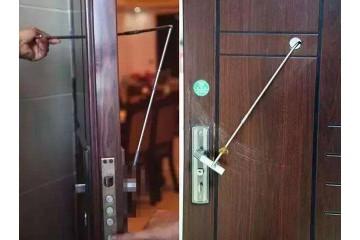 开锁公司介绍指纹锁和钥匙锁选择哪个好